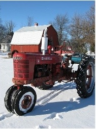 Tractor Stories – 1946 Farmall H