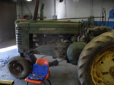 Tractor Stories – John Deere A